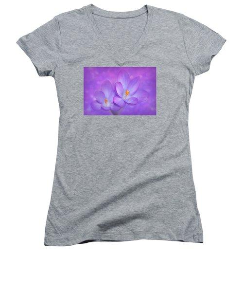 Unison Women's V-Neck T-Shirt