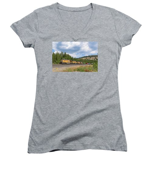 Women's V-Neck featuring the photograph Up2650 Westbound From Donner Pass by Jim Thompson