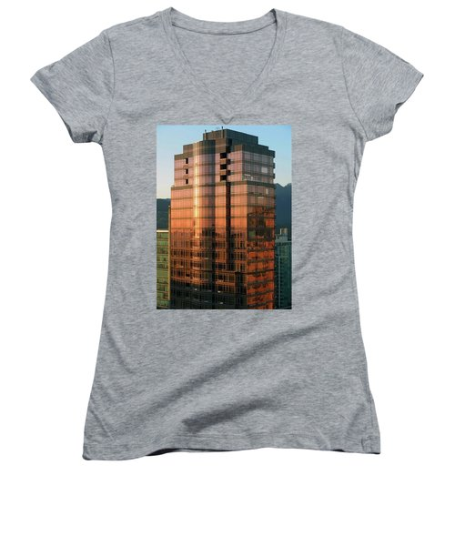 Vancouver 10 Women's V-Neck T-Shirt