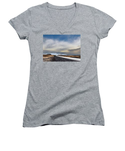 Vanishing Point Women's V-Neck