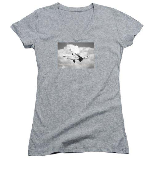 Vichi Val Women's V-Neck T-Shirt