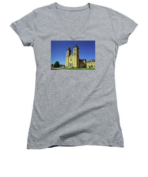 Women's V-Neck T-Shirt (Junior Cut) featuring the photograph Victoria, Kansas - Cathedral Of The Plains 6 by Frank Romeo