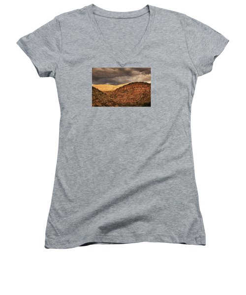 View From A Train Pnt Women's V-Neck