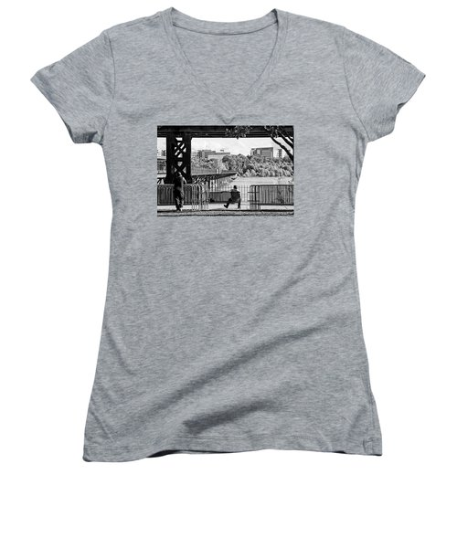 Women's V-Neck T-Shirt featuring the photograph Viewpoint by Alan Raasch