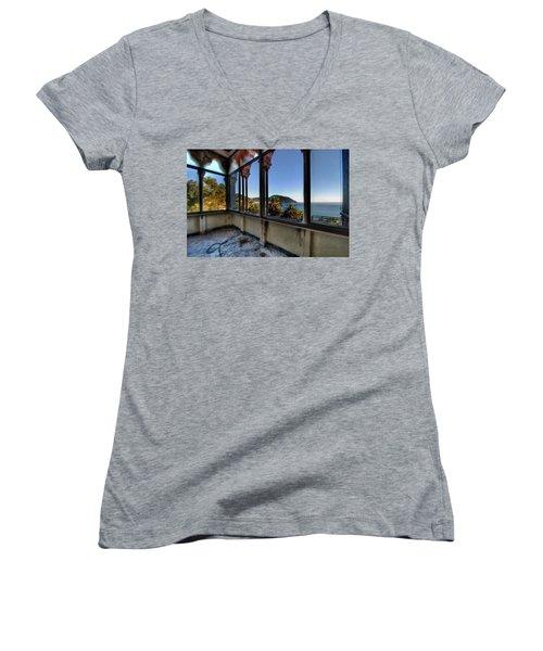 Villa Of Windows On The Sea - Villa Delle Finestre Sul Mare II Women's V-Neck T-Shirt
