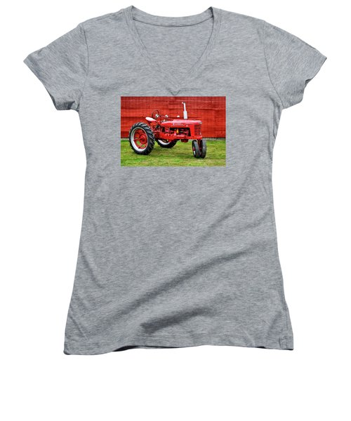 Vintage Farmall Tractor With Barnwood Women's V-Neck