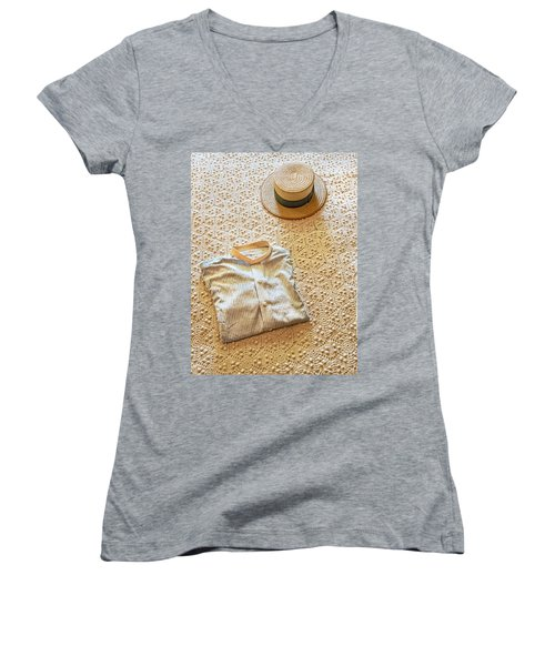 Women's V-Neck T-Shirt featuring the photograph Vintage Golfer's Hat And Shirt by Gary Slawsky