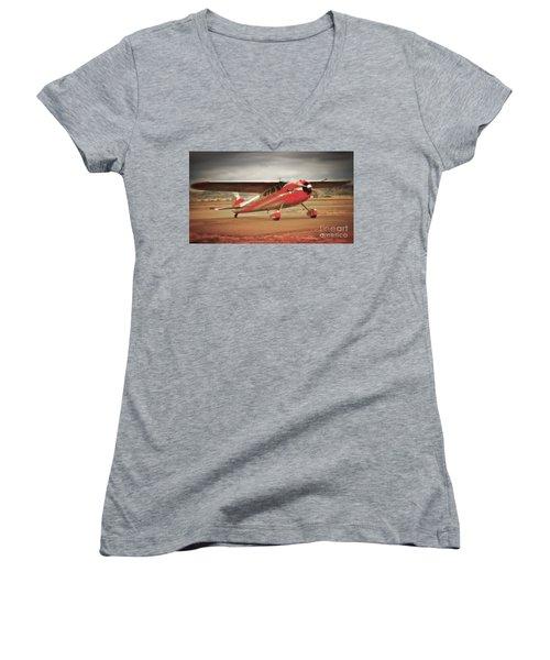 Vintage Monoplane Women's V-Neck T-Shirt