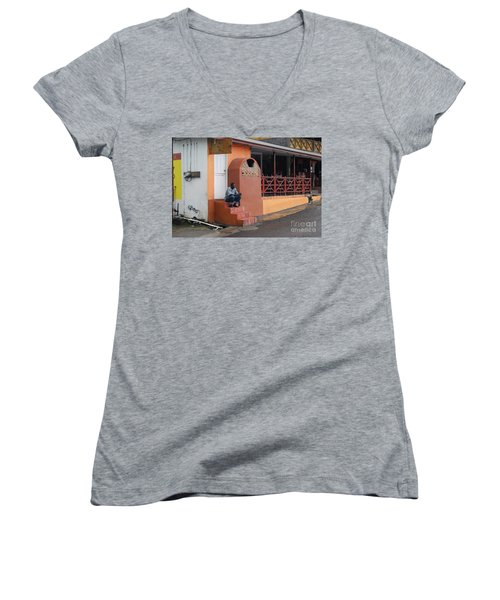 Women's V-Neck T-Shirt featuring the photograph Waiting by Gary Wonning