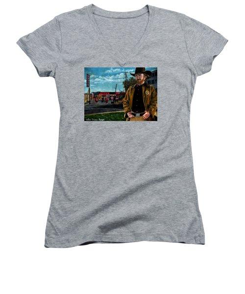 Walker Texaco Ranger Women's V-Neck T-Shirt