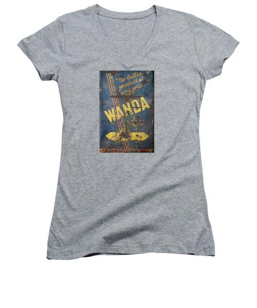 Wanda Motor Oil Vintage Sign Women's V-Neck T-Shirt