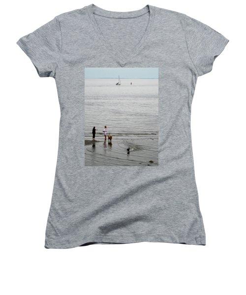 Water Fun Women's V-Neck T-Shirt