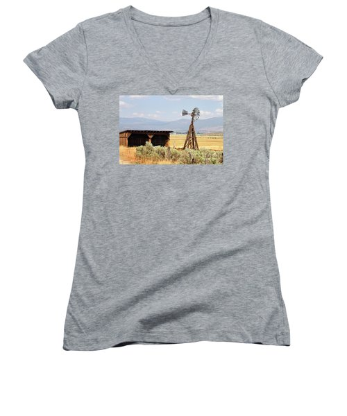 Water Pumping Windmill Women's V-Neck T-Shirt