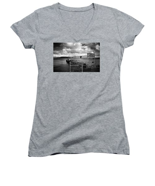 Waterfront San Francisco Women's V-Neck
