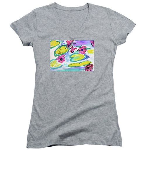 Waterlilies Women's V-Neck T-Shirt