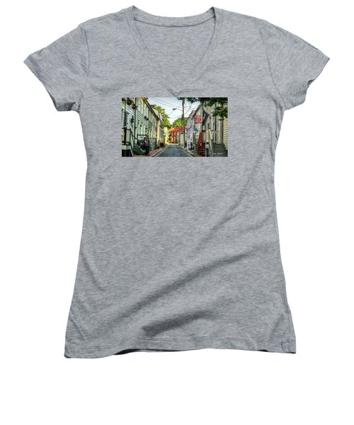 Way Downtown Women's V-Neck T-Shirt