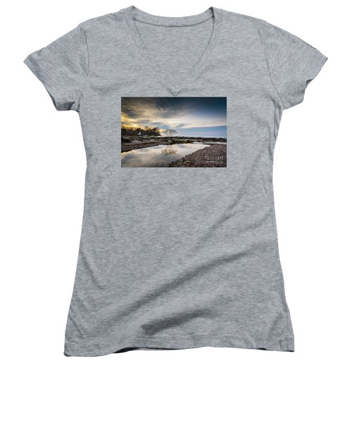 Webster Ny Lake View Women's V-Neck T-Shirt