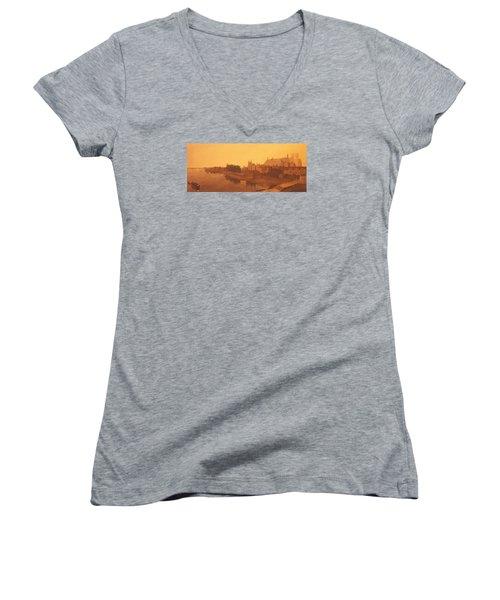 Westminster Abbey  Women's V-Neck T-Shirt