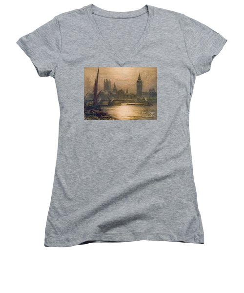 Westminster London 1920 Women's V-Neck (Athletic Fit)