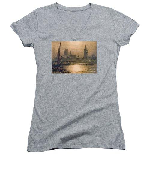 Westminster London 1920 Women's V-Neck T-Shirt