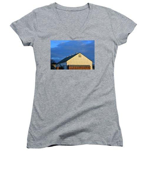 White Barn At Golden Hour Women's V-Neck T-Shirt
