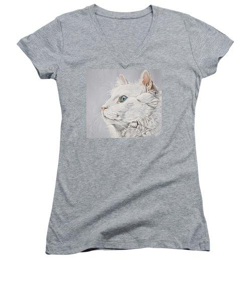 White Cat Women's V-Neck T-Shirt