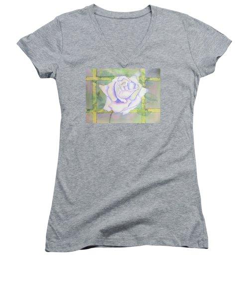 White Rose Women's V-Neck