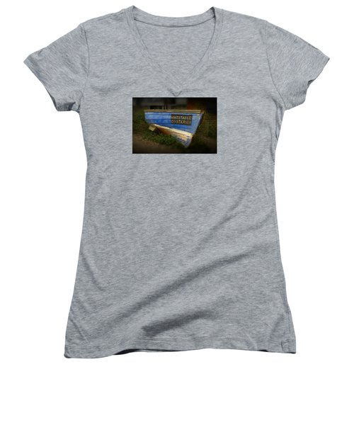 Whitstable Oysters Women's V-Neck T-Shirt (Junior Cut) by David French