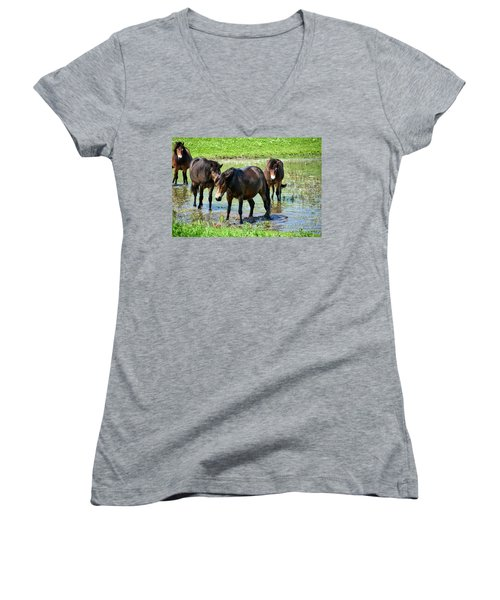 Wild Horses 4 Women's V-Neck