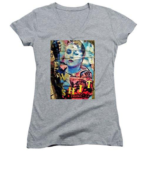 Williamsburg Brooklyn Woman Mural  Women's V-Neck T-Shirt