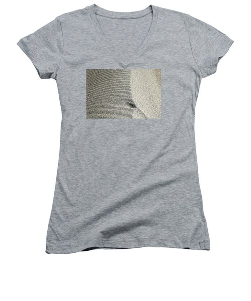 Wind Pattern Women's V-Neck
