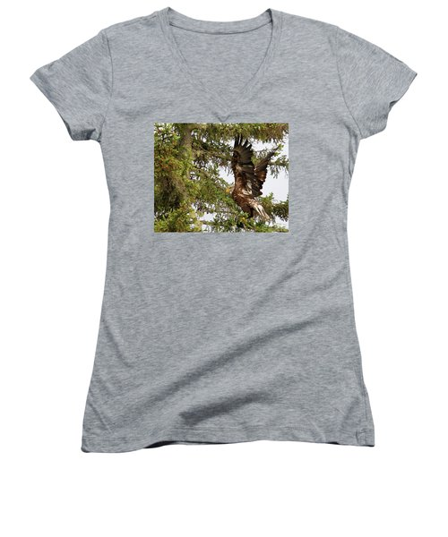 Women's V-Neck T-Shirt featuring the photograph Winging-it Up The Tree 1 by Debbie Stahre