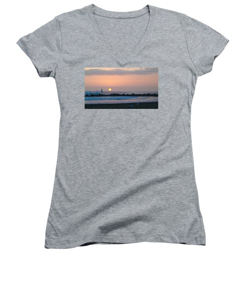 Winter Sunset, Venice Breakwater Women's V-Neck T-Shirt
