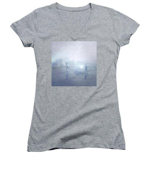 Wonder On A Starry Night Women's V-Neck T-Shirt