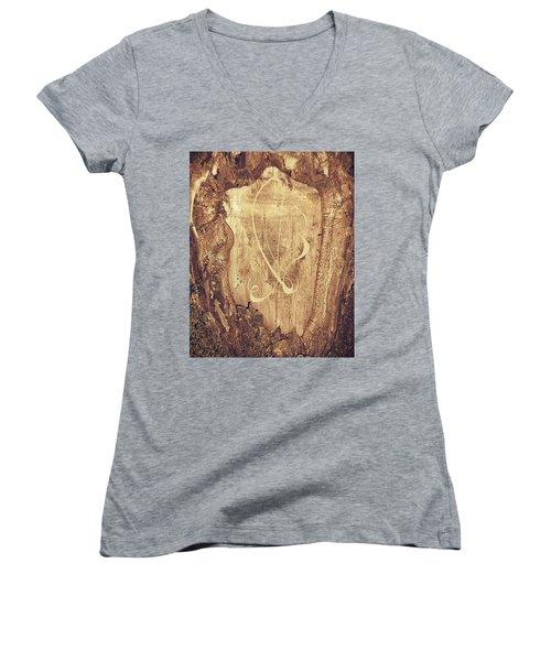 Woodland Women's V-Neck