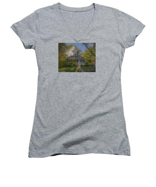 Wooster Family Home Women's V-Neck T-Shirt