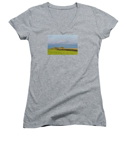 Farmer's Field Women's V-Neck