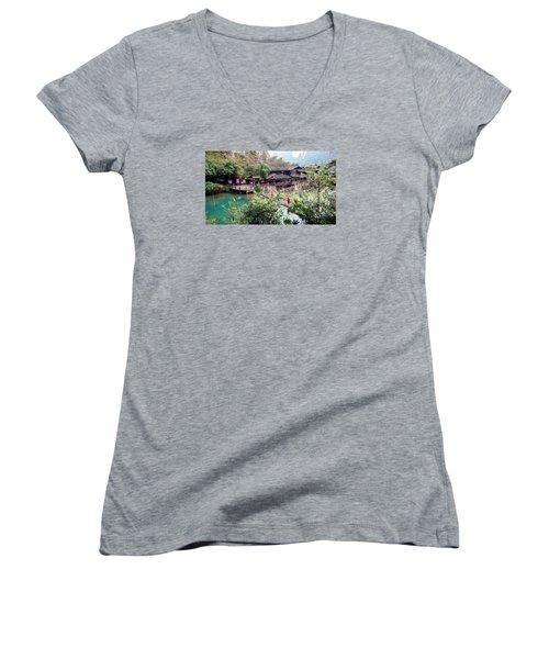Yangtze Village Women's V-Neck T-Shirt