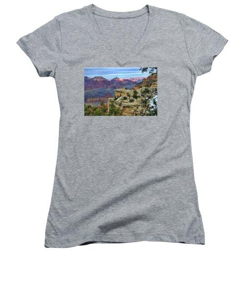 Yavapai Point Sunset Women's V-Neck T-Shirt (Junior Cut) by Diana Mary Sharpton