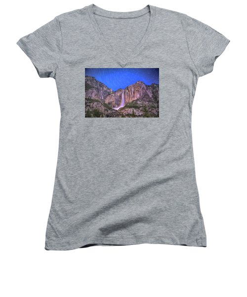 Yosemite At Night Women's V-Neck T-Shirt