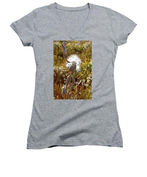 Yosemite Milkweed Women's V-Neck T-Shirt