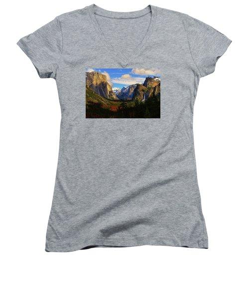 Yosemite Valley Women's V-Neck