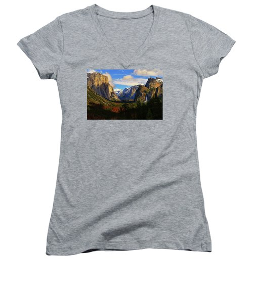 Yosemite Valley Women's V-Neck