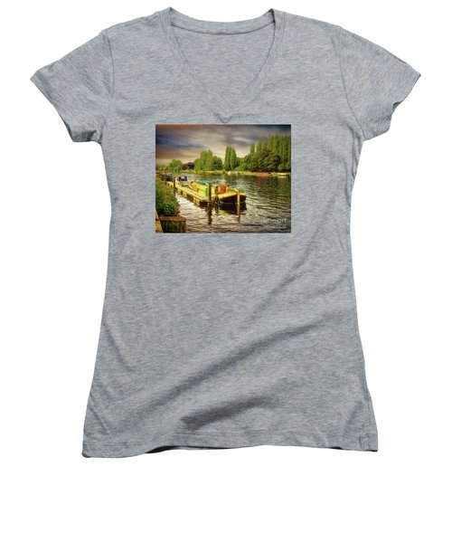 River Work Women's V-Neck