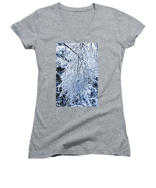 30/01/19  Rivington. Snow Covered Branches. Women's V-Neck