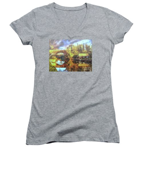 Women's V-Neck featuring the photograph A Stop Along The Wey by Leigh Kemp