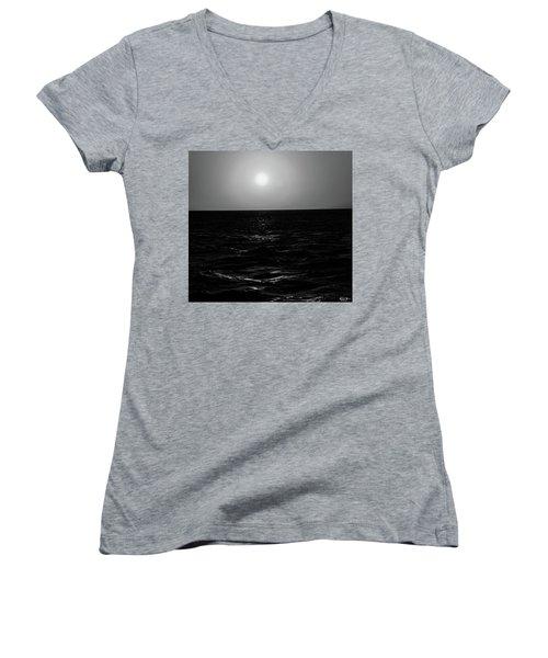 Aruba Sunset In Black And White Women's V-Neck