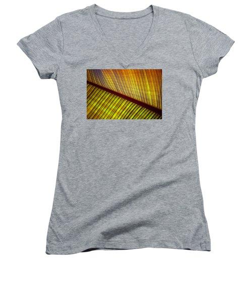 Banana Leaf 8603 Women's V-Neck