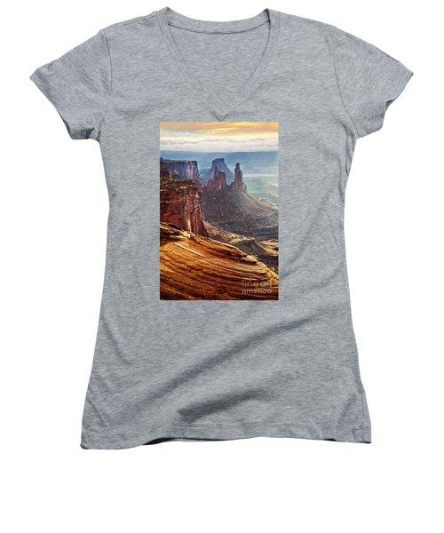 Canyonlands Women's V-Neck