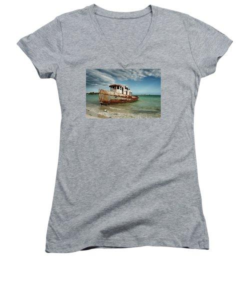 Caribbean Shipwreck 21002 Women's V-Neck
